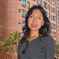 Joven de 21 años de visita académica en la ciudad de Medellín Colombia.