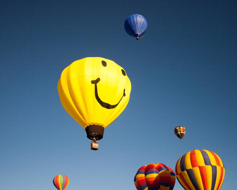Hot air balloon with a smile